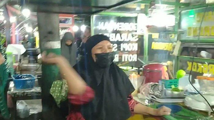 Pedagang Makanan di Pare Beach, Kota Parepare, Sulawsi Selatan Mengamuk Saat Dirazia Jam Malam.