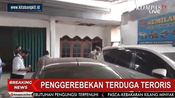 Update Situasi Mencekam Rumah Terduga Teroris Bekasi yang Digerebek Polisi, Suara Ledakan Terdengar