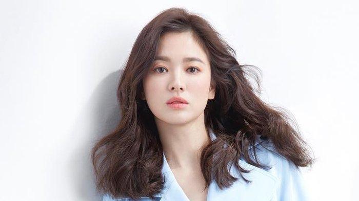 8 Potret Transformasi Song Hye Kyo dari Masa Kecil, Kini Usia 39 Tahun tapi Awet Mudanya Betah