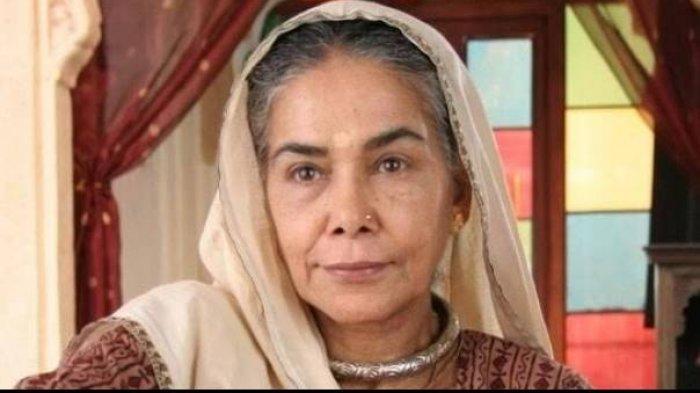 Surekha Sikri yang dikenal sebagai nenek Kalyani di drama Anandhi meninggal dunia.