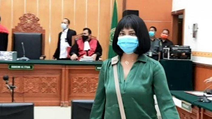 POPULER Vanessa Angel Dituntut 6 Bulan Penjara Kasus Penyalahgunaan Narkoba, Tak Mau Pisah dari Anak