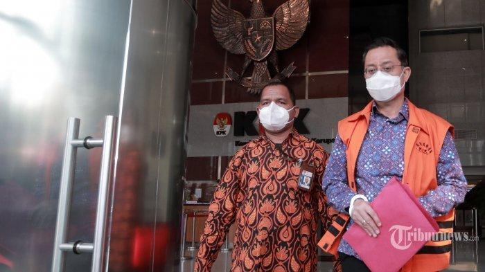 Hakim mengatakan bahwa uang Rp 240 juta dari dana korupsi bansos digunakan untuk beli masker lalu dibagikan ke dapil Juliari Batubara.