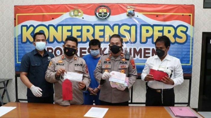 Wakapolres Kebumen, Kompol Edi Wibowo menggelar pers rilis kasus penipuan 'Kyai Sakti', Rabu (15/9/2021).