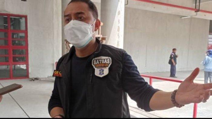 Walikota Surabaya Eri Cahyadi mengatakan akan memberi sanksi kepada para pelanggar protokol kesehatan (prokes) dengan membawa mereka ke pemakaman Covid-19 di TPU Keputih.