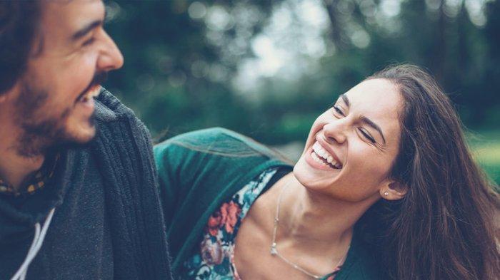 Zodiak yang Berubah Jadi Pribadi Lebih Baik saat Jatuh Cinta, Cancer Merasa Selalu Bahagia