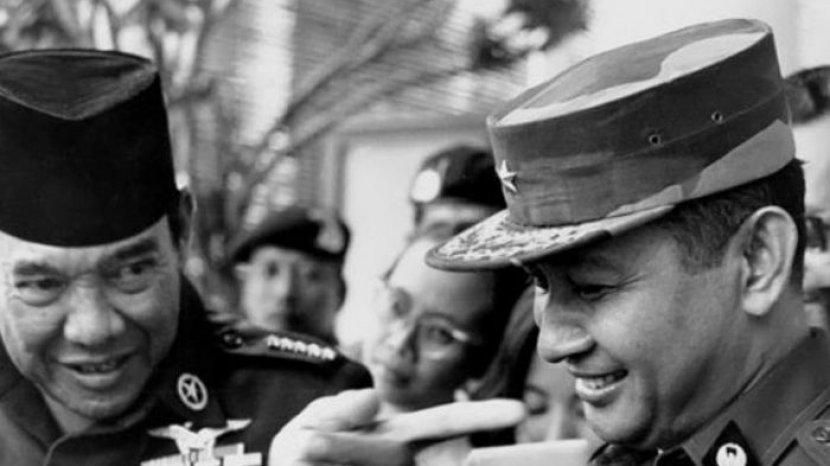 soekarno-dan-soeharto-sejarah.jpg