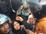 mahasiswa-tewas-ditembak-saat-demo.jpg