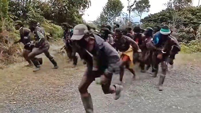 KKB Papua dikepung Satgas Nemangkawi. (Youtube Tribun Timur)