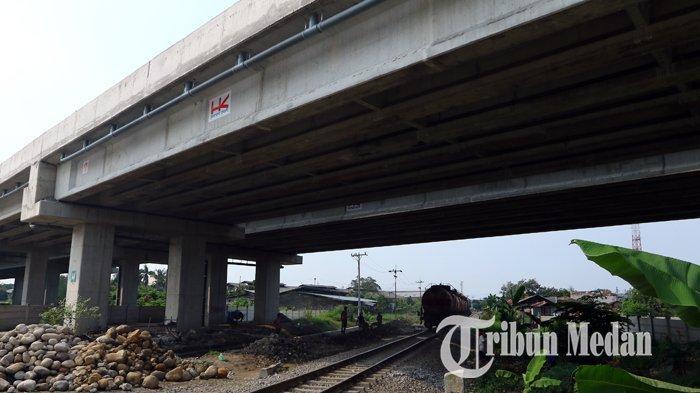 Berita Foto: Pembangunan Jalan Tol Medan-Binjai Seksi I Ditargetkan Beroperasi Desember 2019 - 10102019_jalan_tol_danil_siregar-3.jpg