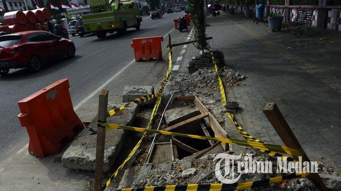 Berita Foto : Perbaikan Drainase Untuk Mengurai Banjir di Kawasan Lapangan Merdeka Medan - 12082019_perbaikan_drainase_danil_siregar-1.jpg