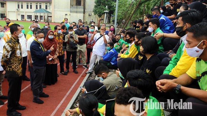 Berita Foto: Menpora Bersama Wagub Sumut Meninjau Fasilitas dan Sarana Latihan di PPLP Sumut