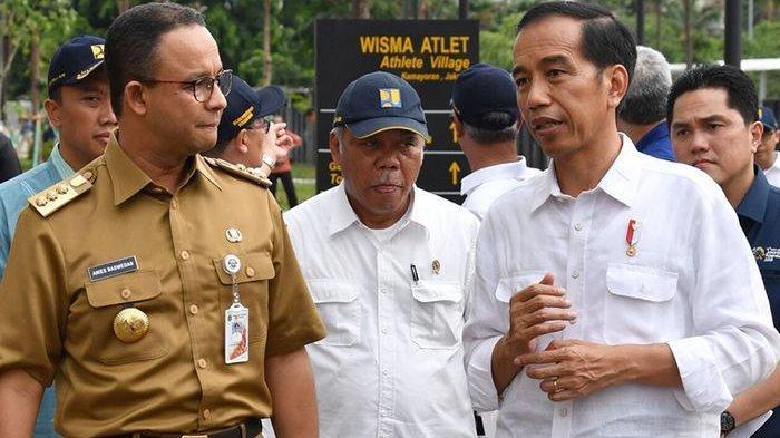 Presiden Joko Widodo didampingi Menteri Pekerjaan Umum dan Perumahan Rakyat Basuki Hadimuljono serta Gubernur DKI Jakarta Anies Baswedan.