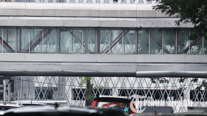 Berita Foto: Kondisi Sky Bridge yang Masih Memprihatinkan Belum Juga Difungsikan - 22082019_sky_bridge_terbengkalai_danil_siregar-2.jpg