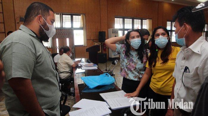 Berita Foto: Ketua Komisi E DPRD Sumut Berencana akan Menggelar Rapat Terkait Kekacauan PPDB