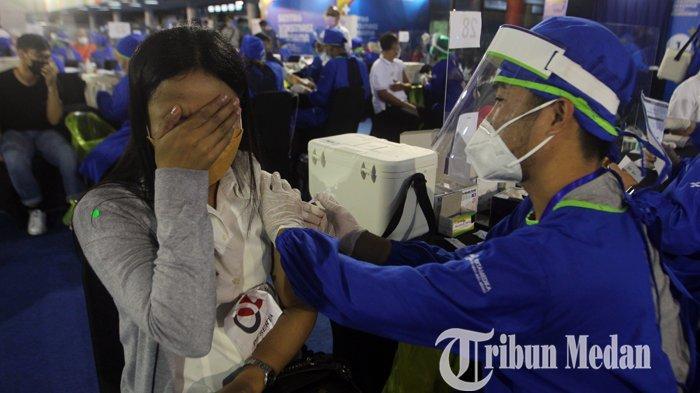 Berita Foto: Sentra Vaksinasi Bersama BUMN di Sumatera Utara Ditargetkan 5000 Orang Per Hari