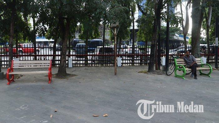 Berita Foto: Fasilitas Kursi di Pedestrian Memberikan Kenyamanan untuk Pejalan Kaki - 27122019_kursi_pedestrian_danil_siregar-1.jpg