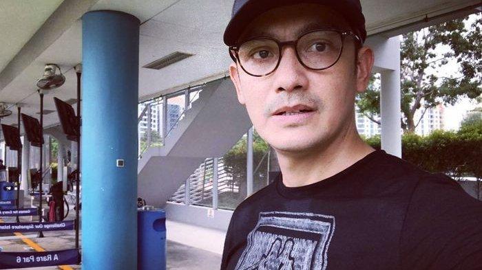 Berada di Singapura Selama Pandemi, Aktor Tampan Ini Berjuangan Lawan Sakit: Mohon Doanya
