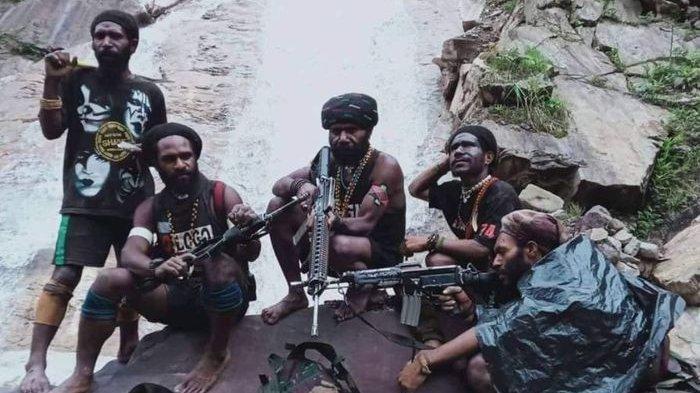 KKB Papua Terkini - Sejumlah Warga Sipil Ditembak Mati, Ini Penjelasan Juru Bicara KKB Sebby Sembon