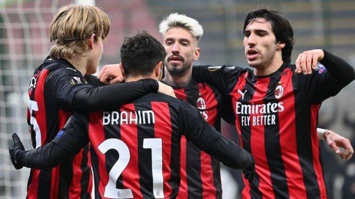 Para pemain AC Milan merayakan gol Brahim Diaz ke gawang Celtic FC pada laga matchday 5 Grup H Liga Europa 2020-2021 di Stadion San Siro, Kamis (3/12/2020) atau Jumat dini hari WIB. AC Milan keluar sebagai pemenang dengan skor 4-