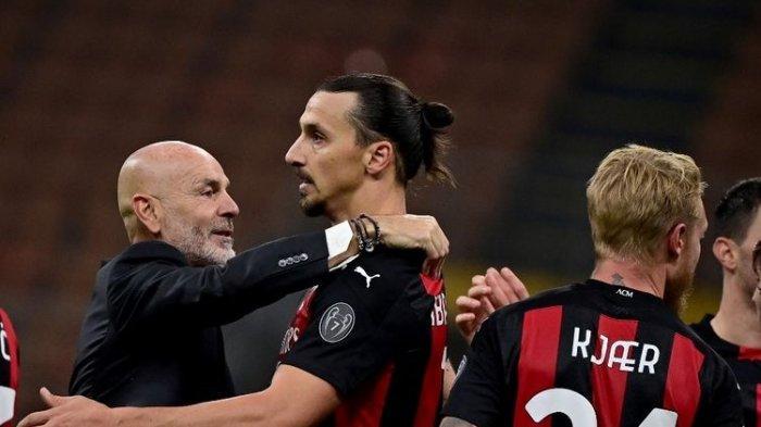 Pelatih AC Milan Minta Maaf, Frustasi dan Mengumpat ke Asisten Pelatih Manchester United