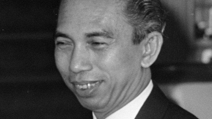 TRIBUN-MEDAN-WIKI: Adam Malik Batubara, 'Si Kancil' dari Siantar yang Jadi Wakil Presiden RI