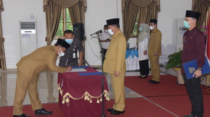 Bupati Ashari Tambunan Lantik Kadis Perhubungan Kabupaten Deli Serdang