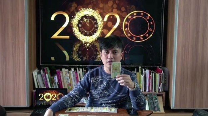Ahli Tarot Denny Darko
