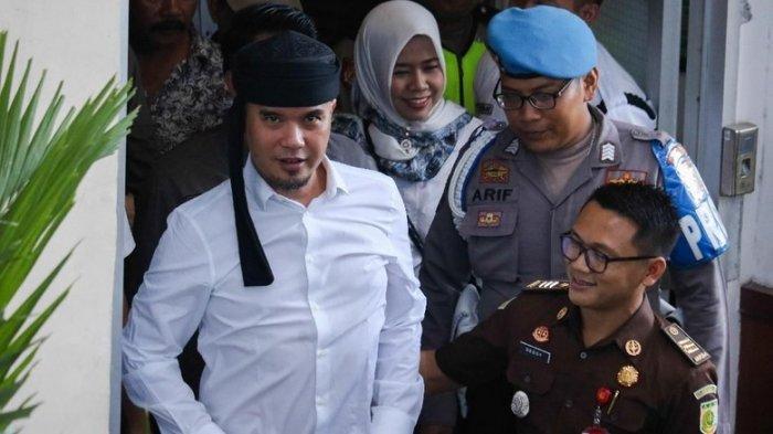 Ahmad Dhani Serius Incar Kursi Wali Kota Surabaya, Ahmad Dhani Daftar dari Partai Gerindra, Seleksi