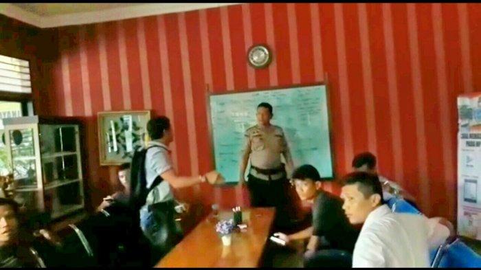 Arogan, Polisi Pukuli Wartawan Bertubi-tubi di Markasnya, Kasus sampai ke Telinga Kapolres