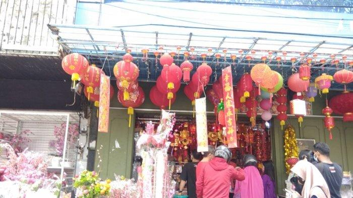 Jelang Imlek, Penjualan Pernak-pernik di Medan Turun hingga 40 Persen