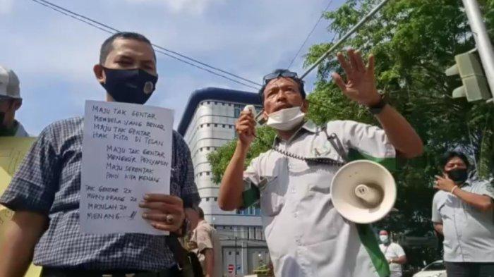 Ratusan Pegawai PD Pasar Kota Medan Protes Belum Terima THR Sejak 2020