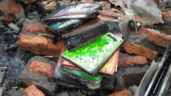 2 Rumah Ludes Dilalap Si Jago Merah, Hanya Al-quran, Tasbih, Buku Agama yang Utuh saat Kebakaran