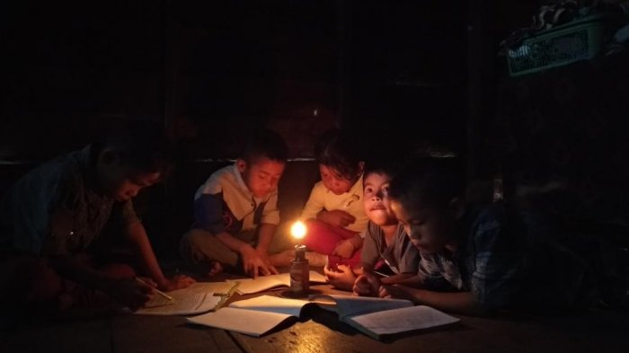 Hore. . PLN Pastikan Segera Aliri Listrik ke Dusun Utte Rudang Tapanuli Selatan