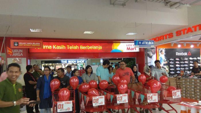 Rayakan Anniversary, LOTTE Mart Adakan Shopping Race Competition