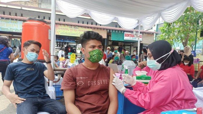 Vaksinasi Pelayan Publik Segera Dimulai, 400 Orang Divaksin di Pasar dan Terminal Kota Medan