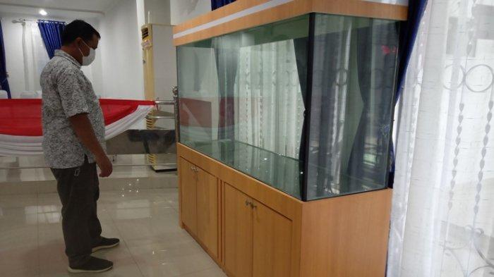 Rakyat Lagi Susah, DPRD Deliserdang Pilih Beli Aquarium Seharga Rp 70 Juta, Malah Jadi Asbak Rokok