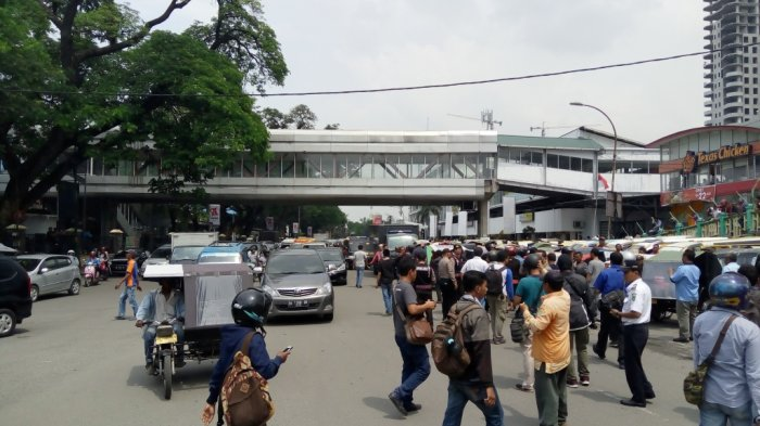 Pengemudi Gojek dan Parbetor Tak Menggubris Arahan dari Polisi, Ini Akibatnya