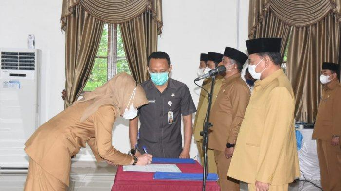 Bupati Ashari Tambunan Lantik Tujuh Pejabat Eselon II Deliserdang