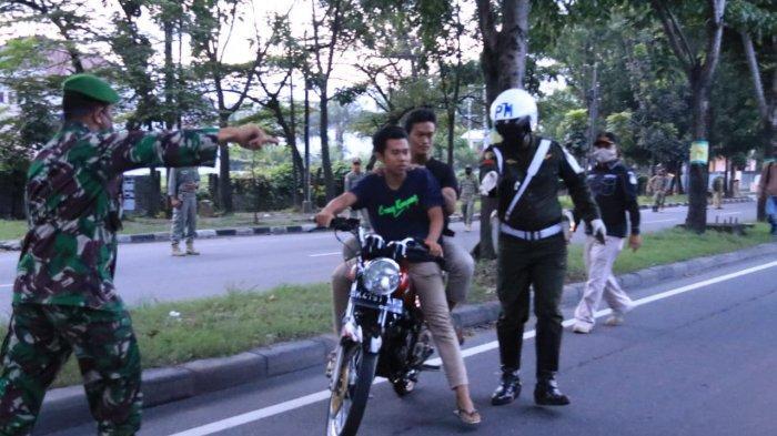 Abaikan Bahaya Corona, Puluhan Pengendara Sepeda Motor Terjaring Tim Asmara Subuh Medan