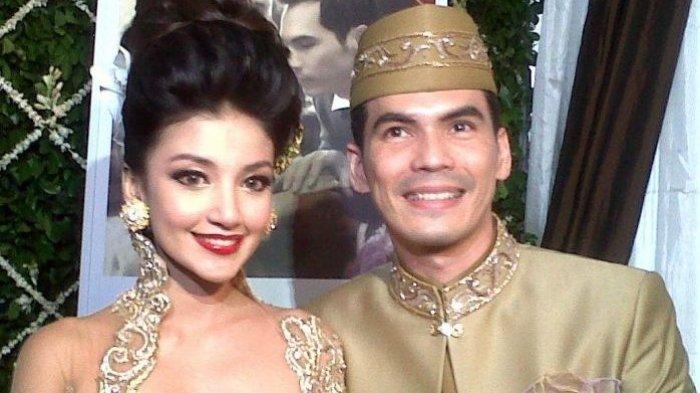 Atalarik dan Tsania Marwa saat melangsungkan pernikahan. | Okki Margaretha