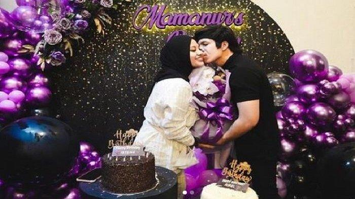 Atta Halilintar di ulang tahun istrinya, Aurel Hermansyah.