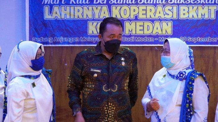 Hadiri Lahirnya Koperasi BKMT, Aulia Rachman: Kita Hidupkan Koperasi Majelis Taklim di Kota Medan