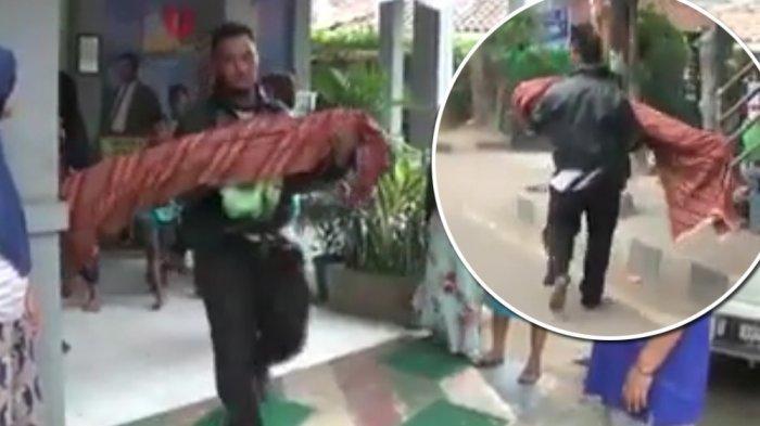 Sang Ayah Terpaksa Bopong Jenazah Anaknya karena Pihak Puskesmas Tolak Sediakan Ambulans
