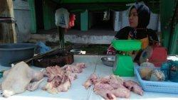 Ramadan Minggu Ketiga, Harga Daging Ayam Melambung, Cabai Merosot