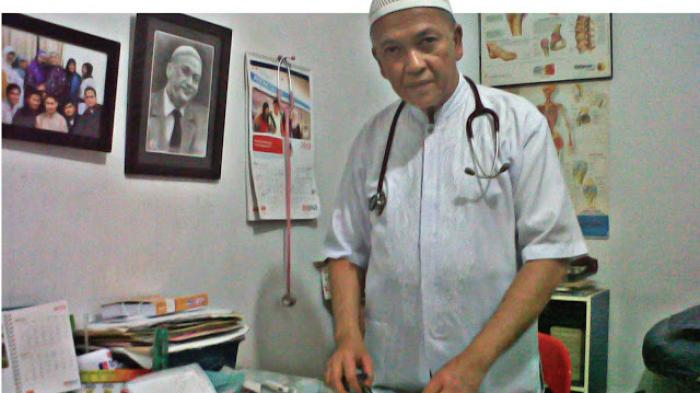 Dokter 'Íkhlas' Aznan Lelo dari Medan, Pasien Bisa Kena Marah Kalau Tanya Biaya