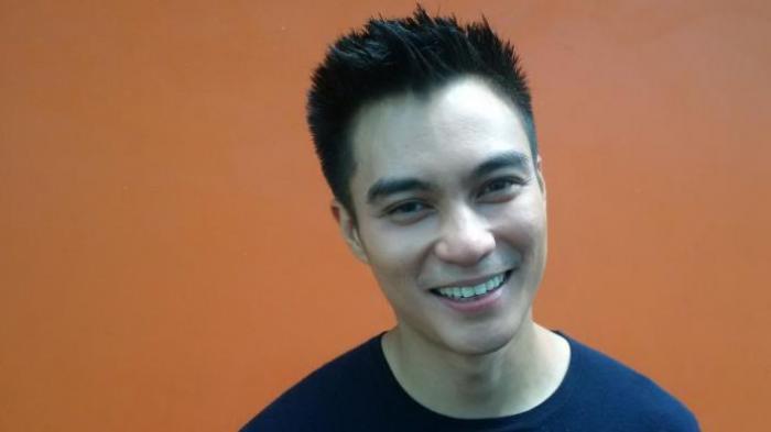 Baim Wong diabadikan di Gedung Trans, Jalan Tendean, Jakarta Selatan, pada Selasa (1/11/2016)