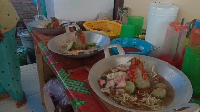 WAJIB Dicoba, Bakso Tumpeng Berwadah Wajan, Jadi Kuliner Primadona di Asahan
