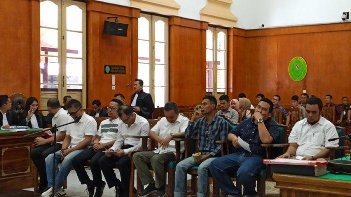 8 Terdakwa Korupsi Pembangunan Bandara Lasondre Nisel Jalani Sidang Perdana