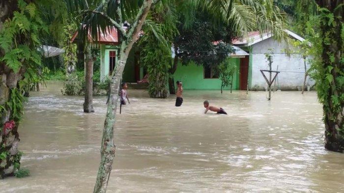 Banjir di Dusun X Rawarejo Desa Terusan Tengah Rendam 87 Unit Rumah, Warga Diimbau Tetap Waspada