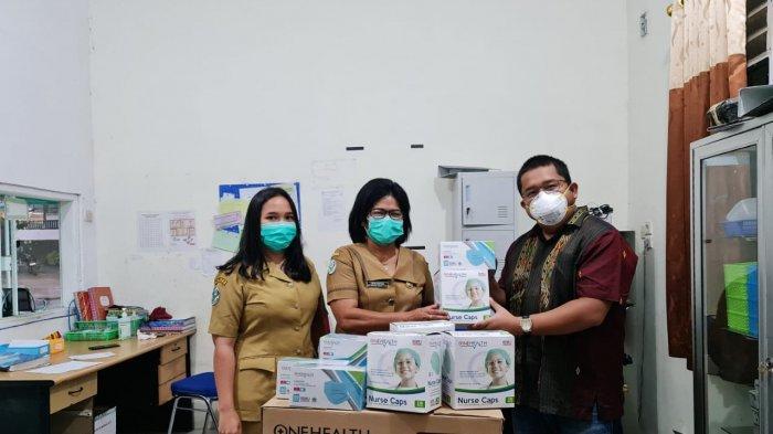 Penanganan Covid-19, Anggota DPRD Sumut, Franky Partogi Berikan Bantuan Medis ke RSUD Parapat